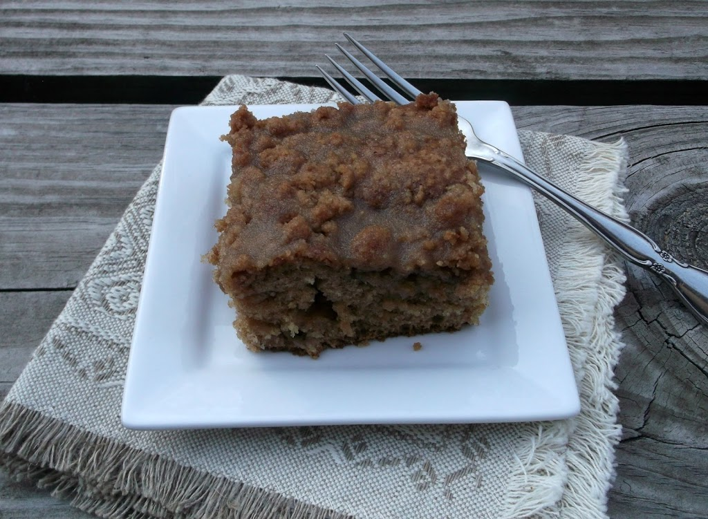 Apple Coffee Cake with Crumble Topping and Brown Sugar ...