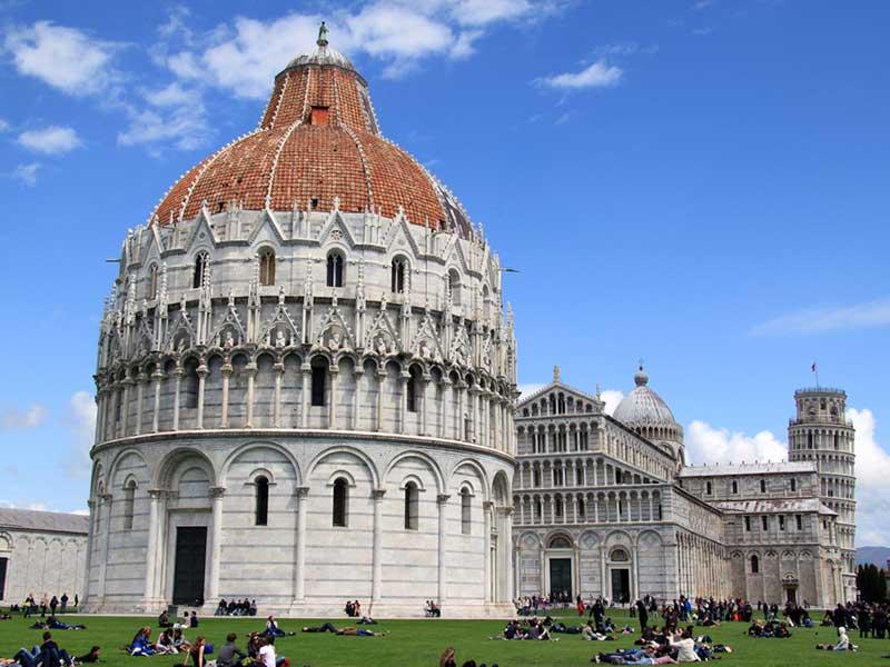 Piazza Pisa