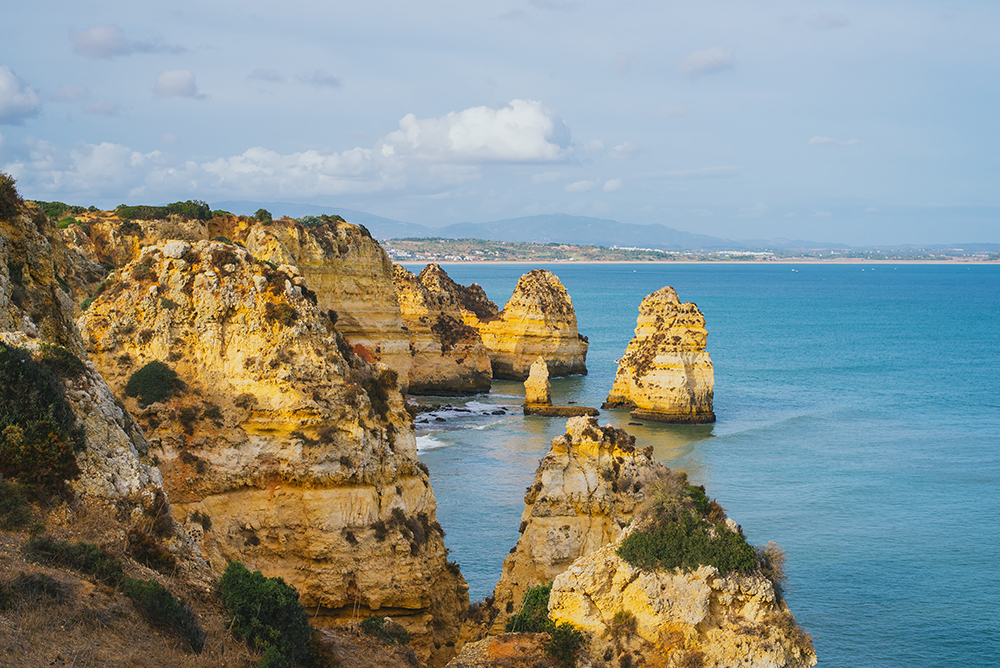 the_algarve_portugal_coastline