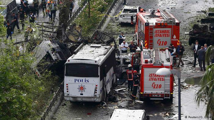 Kurdish militants warn Turkey no longer safe for tourists