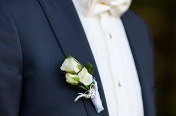 tuxedo-can-be-used-in-private-gatherings-as-well-as-in-weddings-as-grooms-suit
