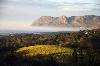 South Africa prides with a wide variety of exquisite honeymoon destinations
