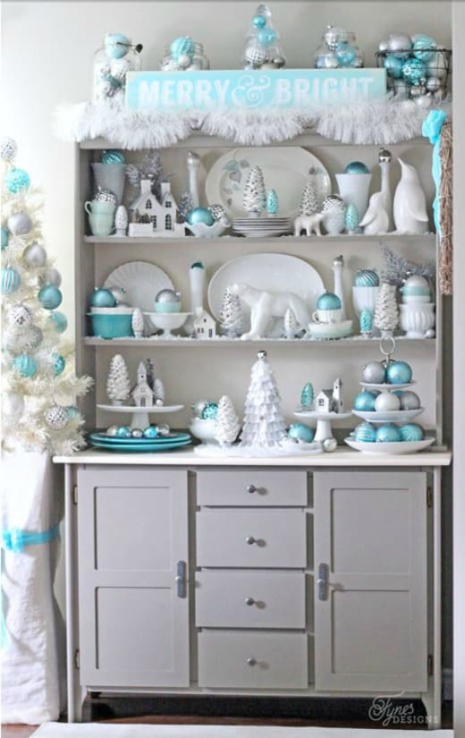 Pretty Christmas hutch