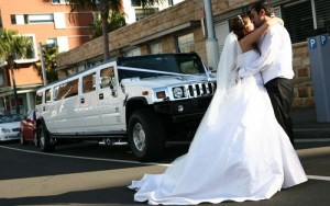 CT Wedding Hummer limo picture