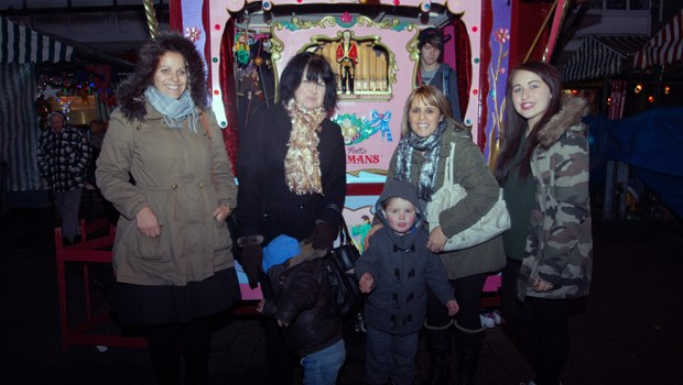 Wednesfield Lights 2012  (12)