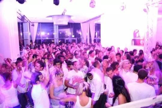 White Night Party, Hilton