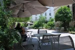 Cafe Νομισματικού Μουσείου Αθηνών