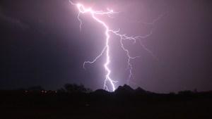 Lightning03-300x169 One Week Intensive Workshop. 21st - 27th August, Arizona, USA.