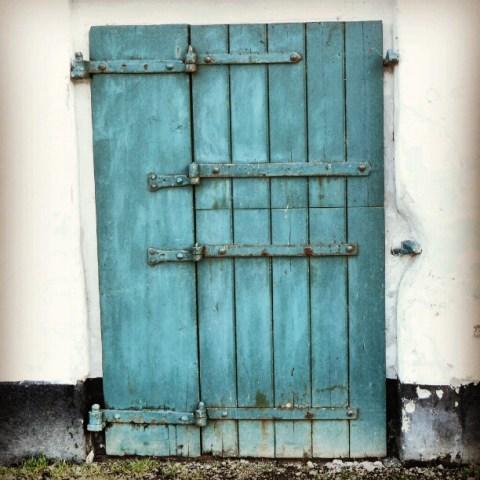 This old green door