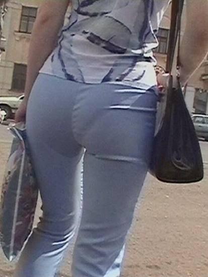 sister panty line