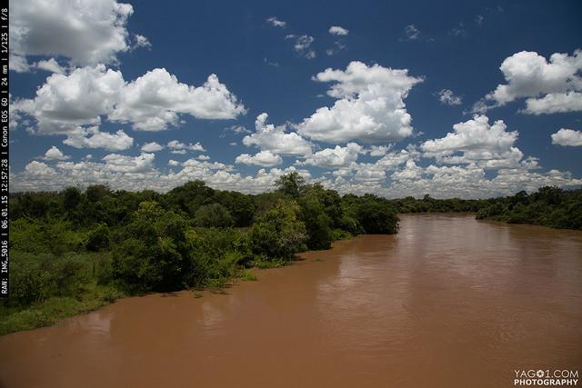 Paraguay_rio Tebicuary Mi en Paraguay