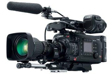 canon-eos-c700-1