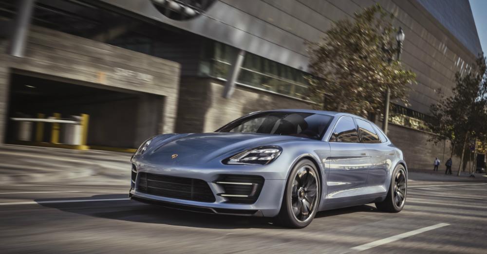 04.03.17 - Porsche Panamera Sport Turismo