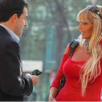 Lenguaje corporal: la mujer enamorada