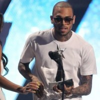 Chris Brown wasn't arrested for gun possession at BET Awards, rep says