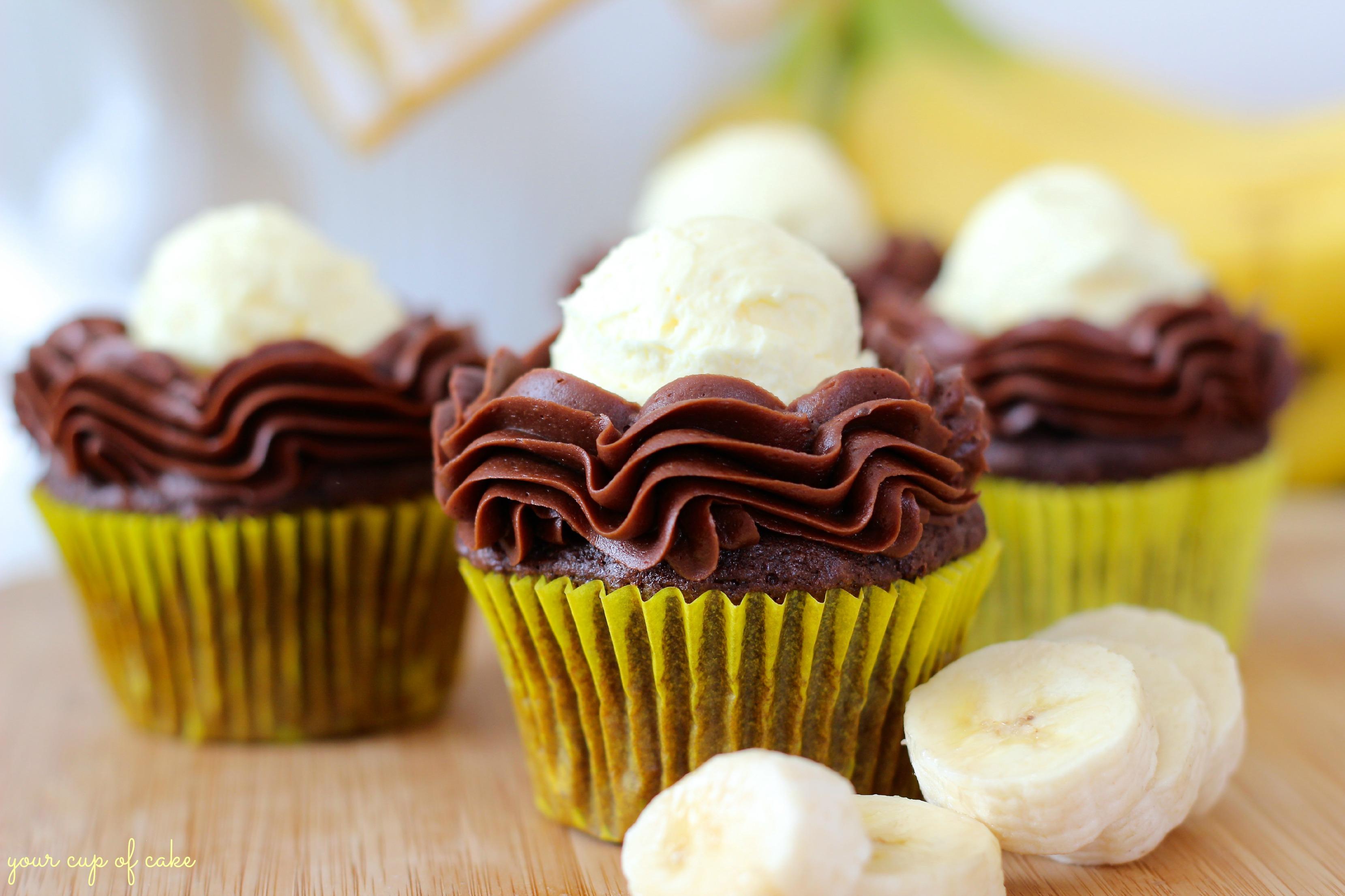 Compelling Chocolate Banana Cream Pie Cupcake Chocolate Banana Cream Pie Cupcakes Your Cup Cake Banana Cream Cake Recipe Paula Deen Banana Cream Cake Strain nice food Banana Cream Cake