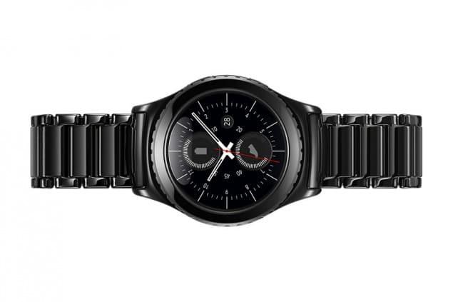 gear-s2-ceramic-bracelet-1-e1456761832261