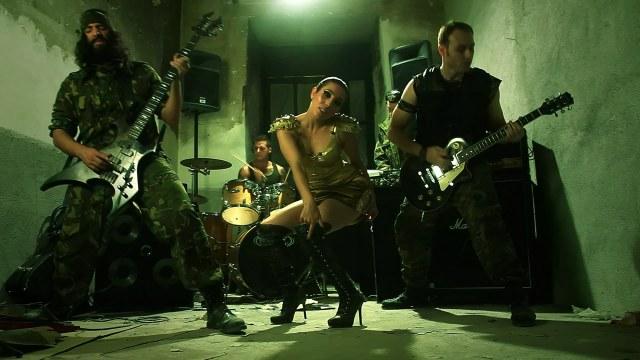Norykko - Te dije que lo haria (feat. Santaflow).mp4_snapshot_01.56_[2012.01.01_18.25.34]
