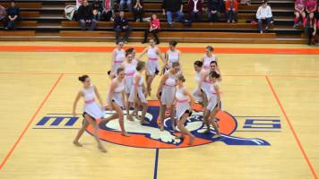 Heart melting cheerleading dance