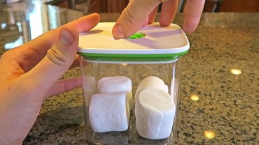 Marshmallows and vacuum experiment