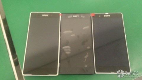 Xperia Z2 (left and middle) against Xperia Z. Take note that the middle device is just the display panel and not the whole handset.