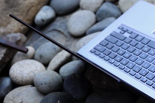 ASUS Zenbook UX302LA 3