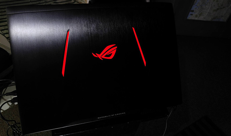 asus-rog-strix-gl502v-philippines-light