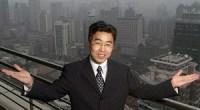 <h5>Li Ruigang hizo cambios radicales en el Shanghai Media Group. Los que le conocen dicen que sabe cómo manejarse ante las demandas del gobierno y del mercado</h5> (Caixin) En China, Li Ruigang es muy conocido en el sector de los medios de comunicación por los 10 años que pasó como presidente del Shanghai Media Group (SMG) y por su espíritu pionero. También se le recuerda por haber renunciado a un puesto de alto rango en el Partido Comunista para volver a su sector favorito. El 7 de agosto, Li apareció en Shanghai en la ceremonia de inauguración de un estudio de animación sino-estadounidense llamado Oriental Dreamworks. La creación del estudio fue uno de los primeros grandes logros de Li Ruigang tras haber renunciado a su puesto en el Partido y haberse reincorporado al sector de los medios de comunicación en febrero. Con una inversión de 20 millones de yuanes (3,1 millones de dólares), Oriental Dreamworks es propiedad de tres empresas chinas y de DreamWorks Animation, la compañía estadounidense conocida por grandes éxitos de la gran pantalla como Shrek y Kung Fu Panda.
