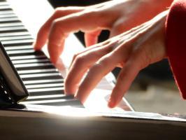 piano_janina_stopperka_klein