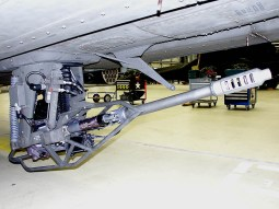 AH-64D Hughes M230E1 30 mm Chain cannon with 1.200 rounds, 625 rounds per minute.