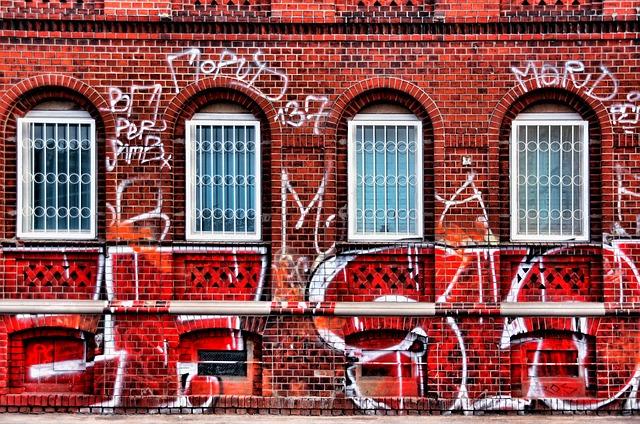 graffiti-939279_640