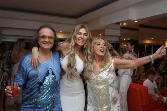 Zé Ronaldo Müller, Nina Stevens e Giovanna Deodato
