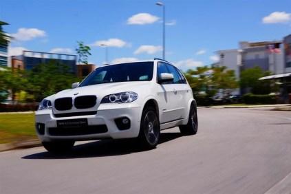BMW X5 Performance Edition (2013) - 01