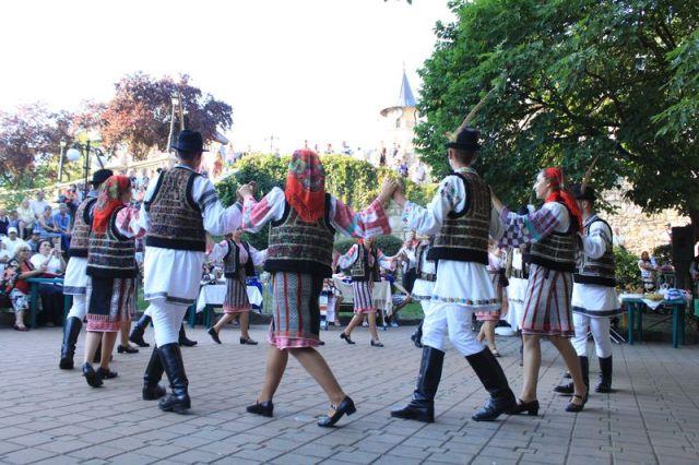 picnic cu scofeturi moldovenesti 12