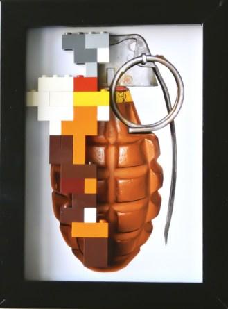 Handbomb , stampa digitale e lego 18x13 cm