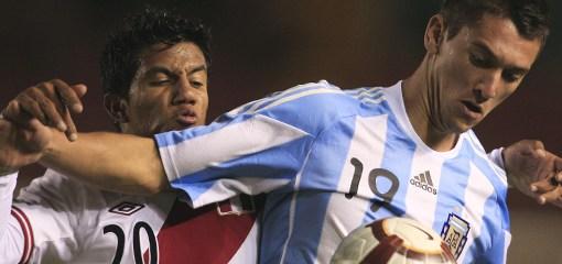 Perú cayó ante Argentina
