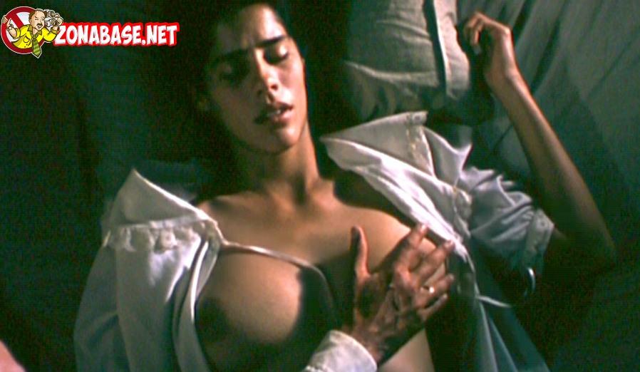gianella neyra desnuda (13)