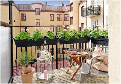 ycie-na-balkonie