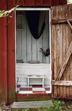wiejski-domek-toaleta