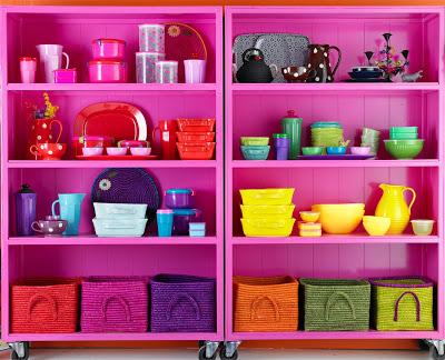 Pink_shelves.jpg@p0x0-q85-M1280x1024-FrameNumber11