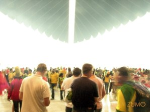 No fim do jogo, um passeio pelo Moses Mabida Stadium