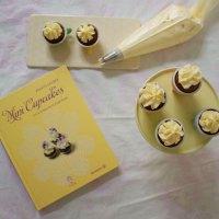 mini schoko cupcakes mit lemon-curd-topping
