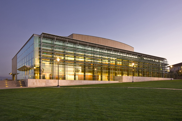 soka-university1-lg