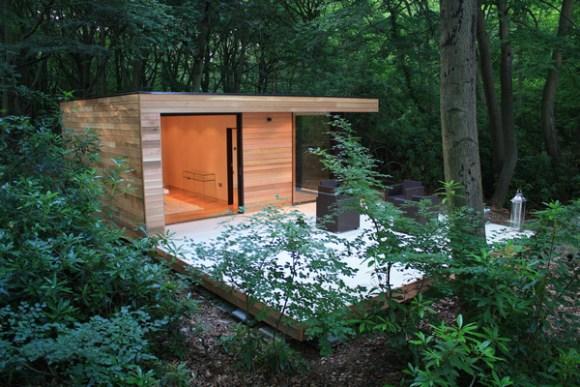 Garden Studio & Guest House in Slough, UK