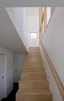 Staircase (Image Courtesy Kei Sugino)