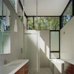 Bathroom (Image Courtesy Anice Hoachlander)