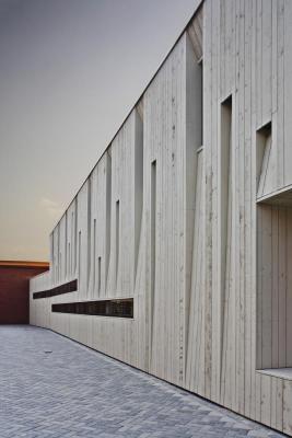 Expansion (Images Courtesy Allard van der Hoek, René de Wit, Snowwhite, LEVS architecten)