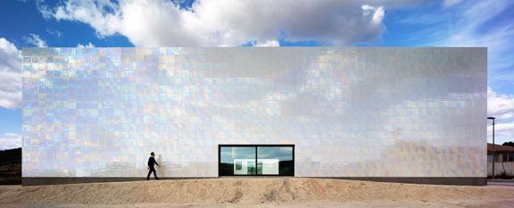 Exterior View (Images Courtesy David Frutos)