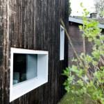 Exterior-view from garden (Image Courtesy Ossip van Duivenbode)