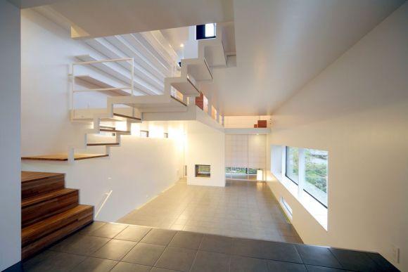 View of living room (Image Courtesy Nagaishi Hidehiko)